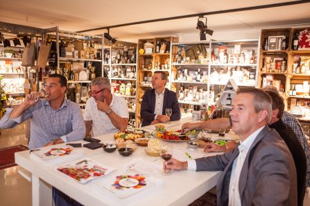 Gastvrij ontvangst tijdens bedrijfsbezoek bij Complementair premium & gifts in Veenendaal